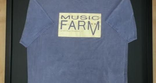 Framed T-Shirt! Classic!